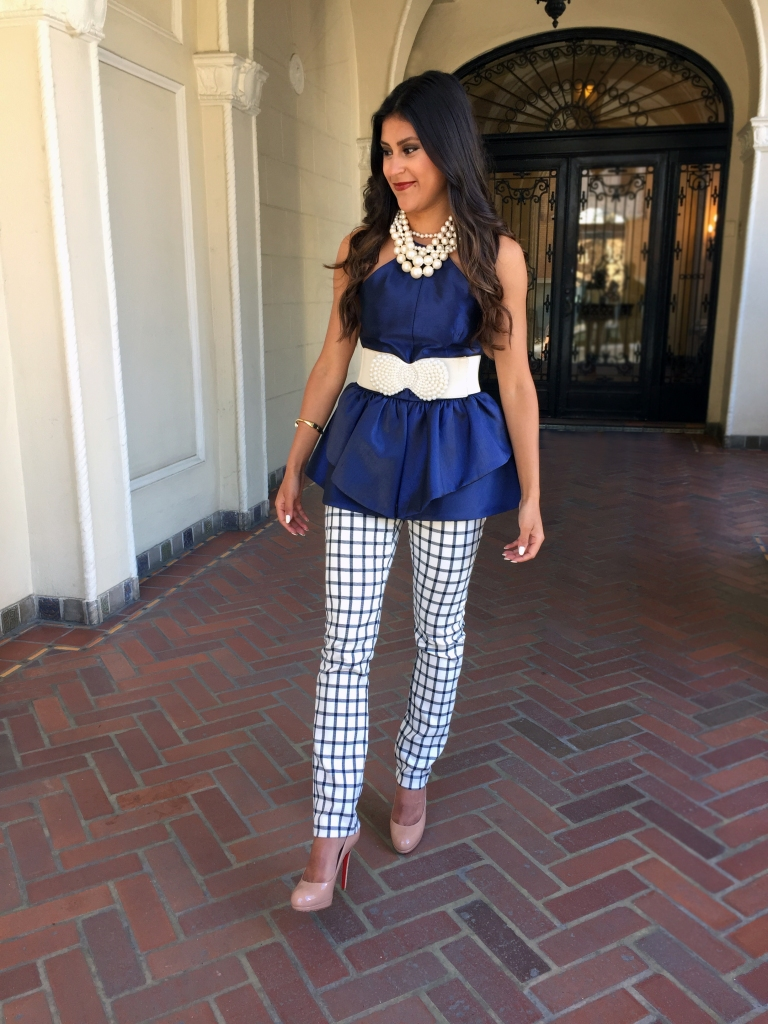 Chic checked trousers