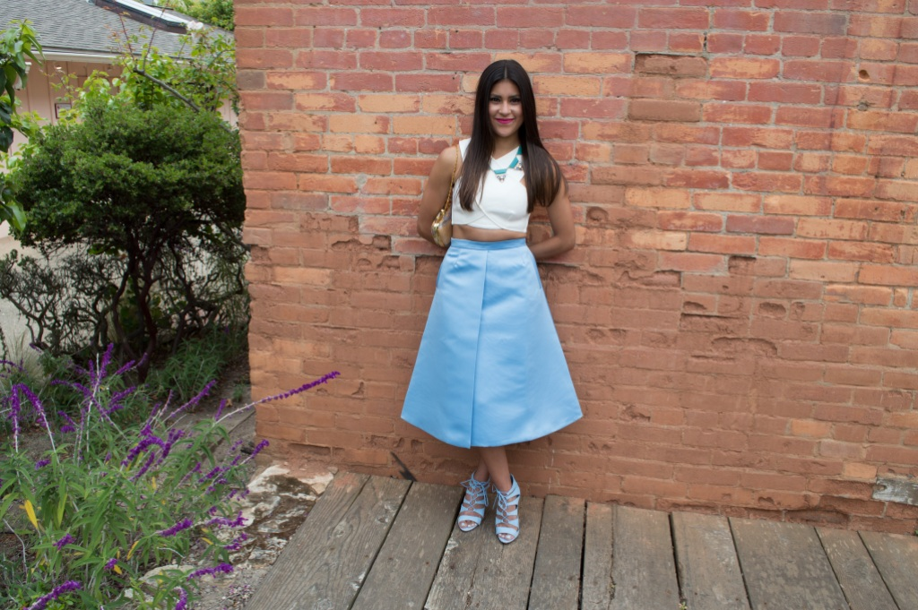 How to wear a crop top with a midi skirt